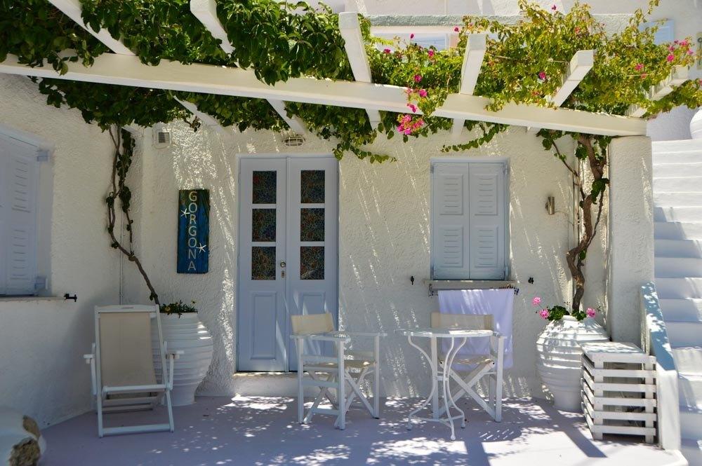 greece_ios_mylopotas-beach-gorgona-hotel-terrace