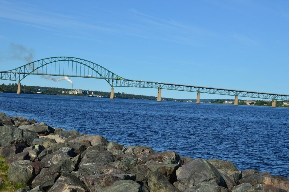 canada_new-brunswick_rodd-miramichi-bridge