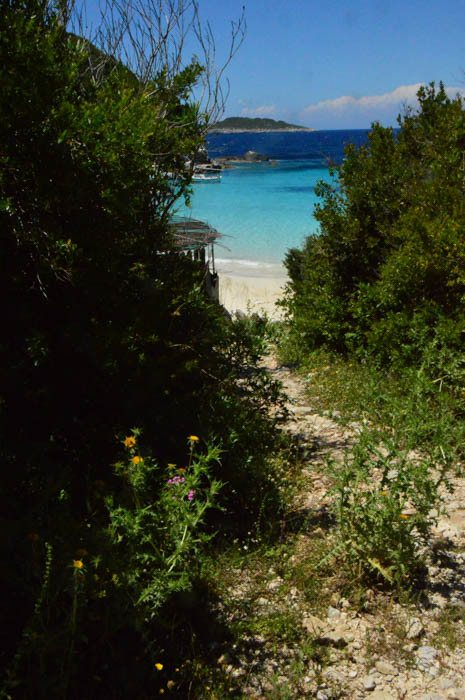 greece_paxos_antipaxos-path-between-beaches