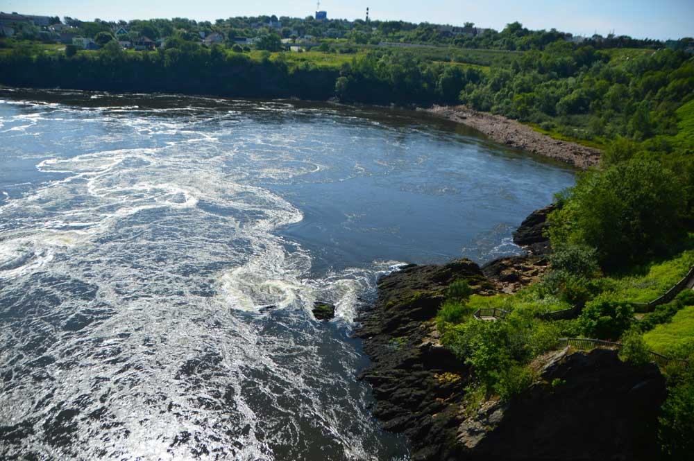 canada_new-brunswick_reversing-rapids-1