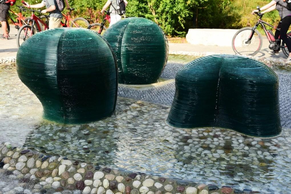 Italy_santarcangelo_di_romagna_fountain