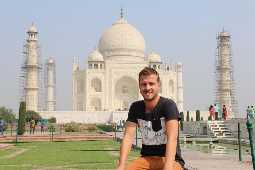 Agra_Taj_Mahal_4_thebraidedgirl