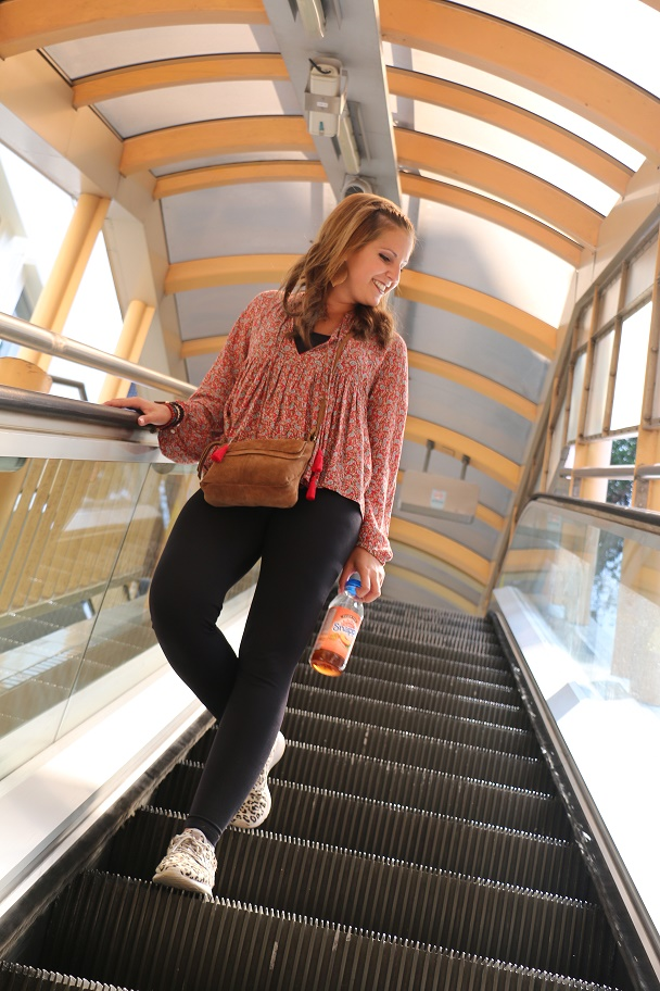 Hong_Kong_Central_Midlevels_Escalator_2_thebraidedgirl