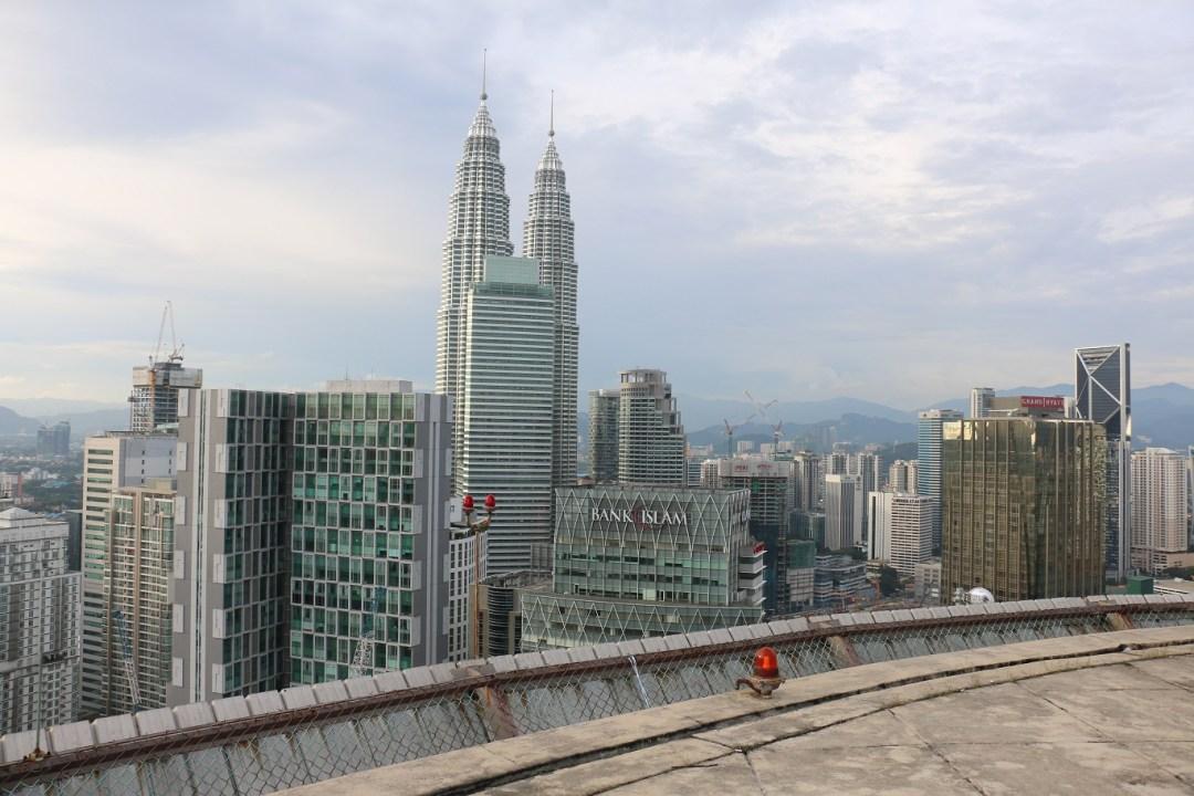 Kuala_Lumpur_Helipad_Skybar_5_thebraidedgirl