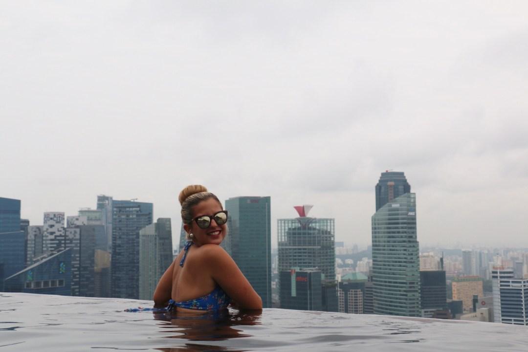Singapur | Marina Bay Sands Infinity Pool | thebraidedgirl