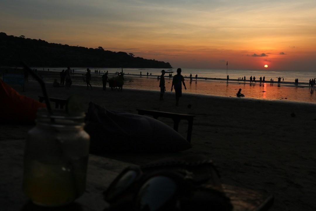 Jimbaran_Beach_2_thebraidedgirl