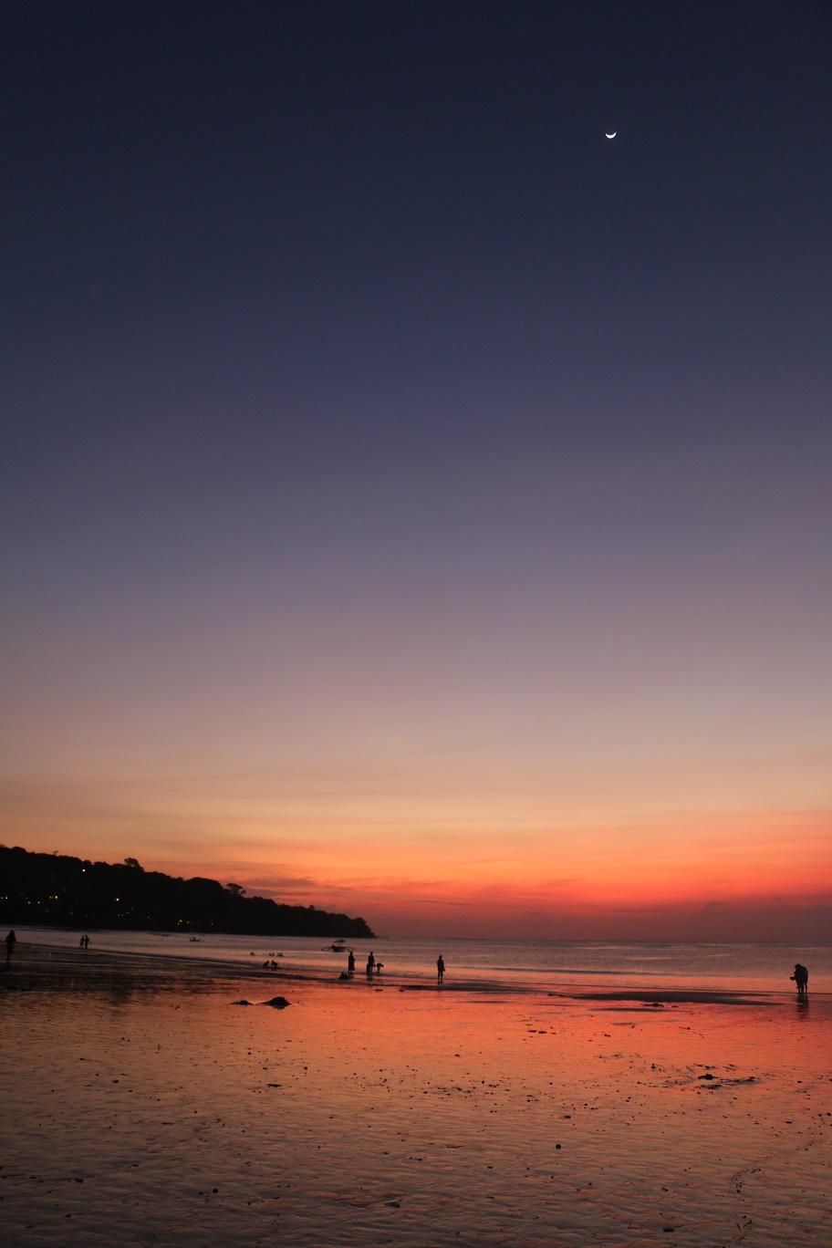 Jimbaran_Beach_3_thebraidedgirl