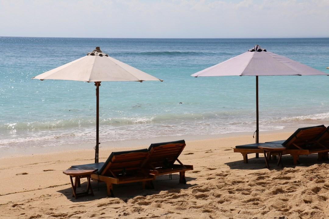 Padang_Padang_Beach_2_thebraidedgirl