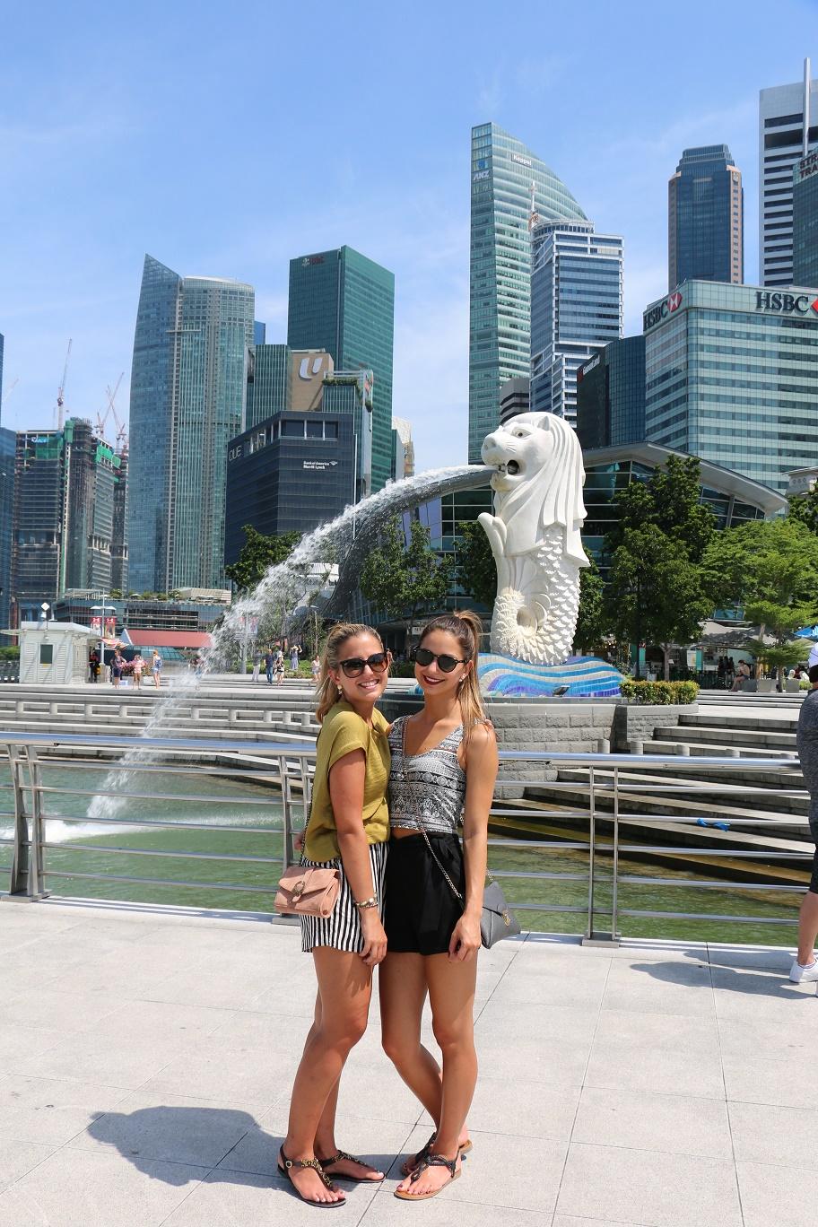 Singapur_Skyline_Merlion_4_thebraidedgirl