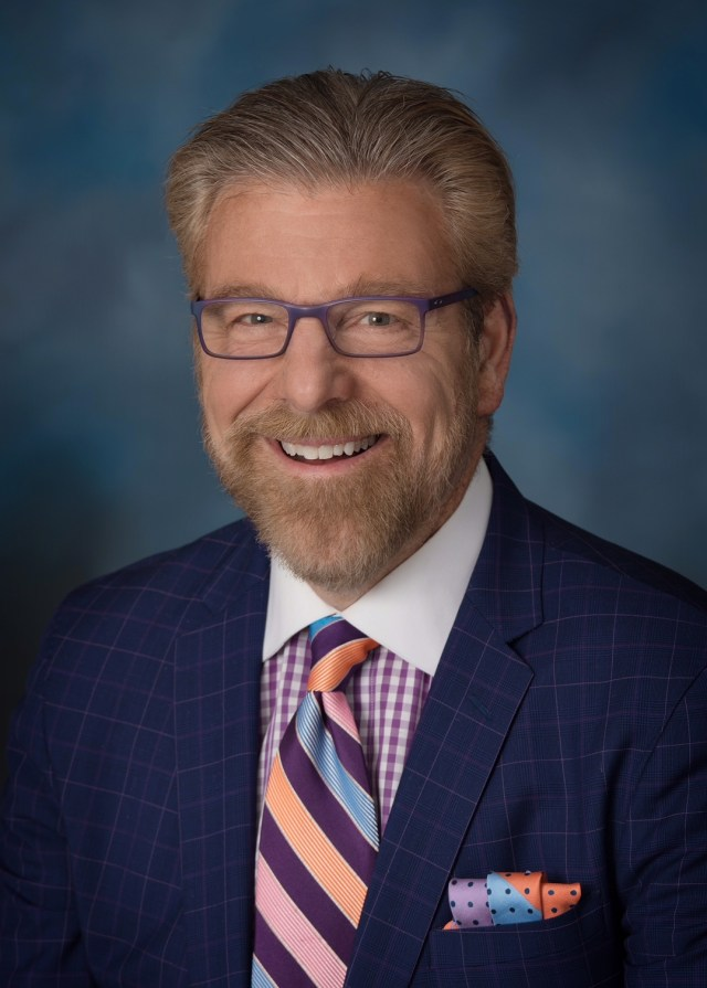 howard_eskin_headshot.jpg