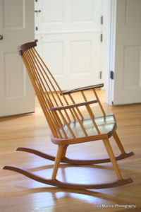 Thos_Moser_rocking_chair