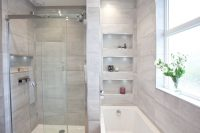 Soft grey family bathroom with recessing