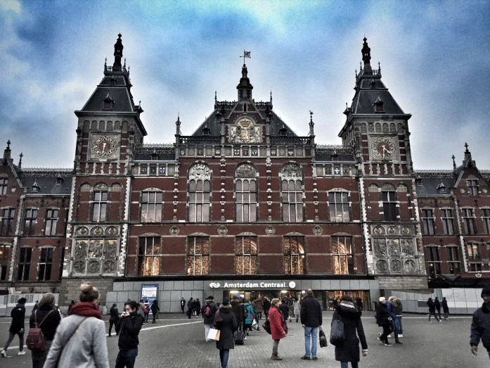 Amsterdam Centraal Station; Amsterdam Central Station; Amsterdam Main station; Amsterdam train station; train station; Amsterdam; Holland; Netherlands; Europe; travel; family travel;