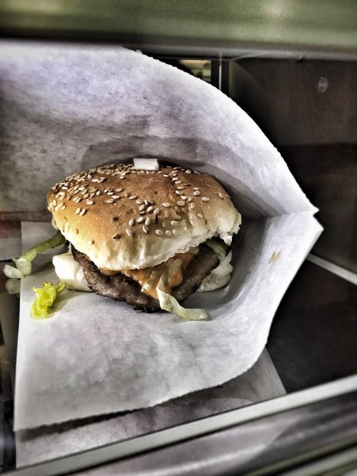 Dutch mini-burgers from a vending machine!