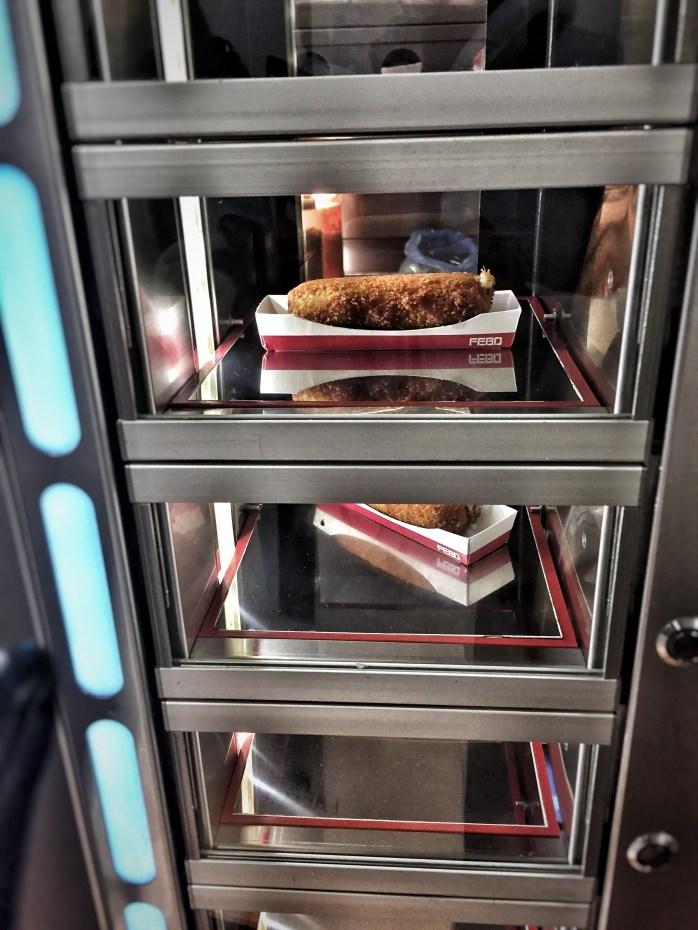 Dutch mini-croquettes from a vending machine!