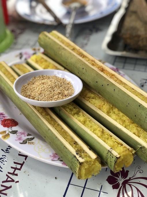 Cơm Lam at Nam Qua restaurant