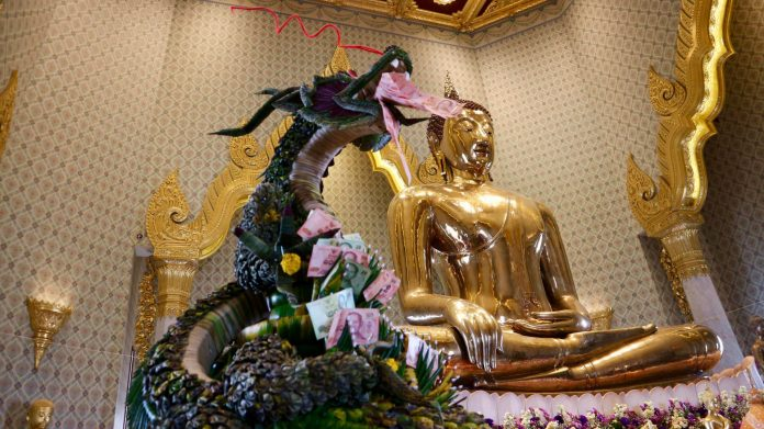 Golden Buddha Temple, Bangkok and Pattaya trip.