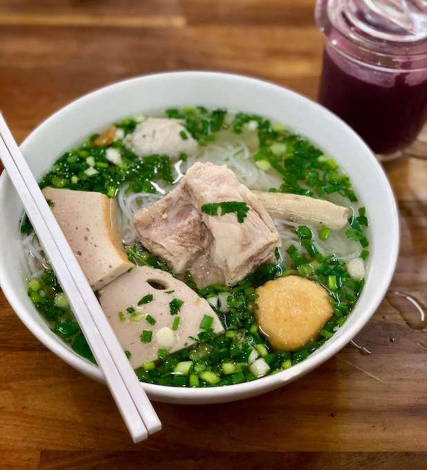 Bun Moc, Saigon Food, Vietnamese cuisine