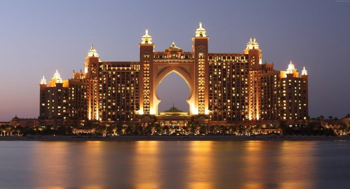 Dubai Attractions - Palm Jumeirahv
