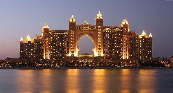Dubai Attractions - Palm Jumeirahv