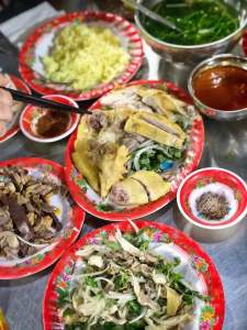 ba buoi chicken rice in hoi an, vietnam