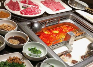 Haidilao hotpot in singapore