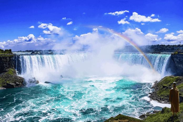 Niagara Falls with rainbow