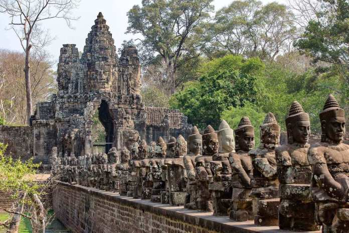 Angkor Wat fact, the ancient status were beheaded and renovated