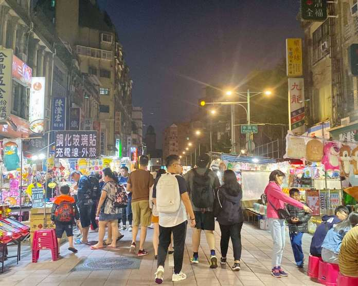The first visited place in Taipei and Taichung trip, Ningxia night market