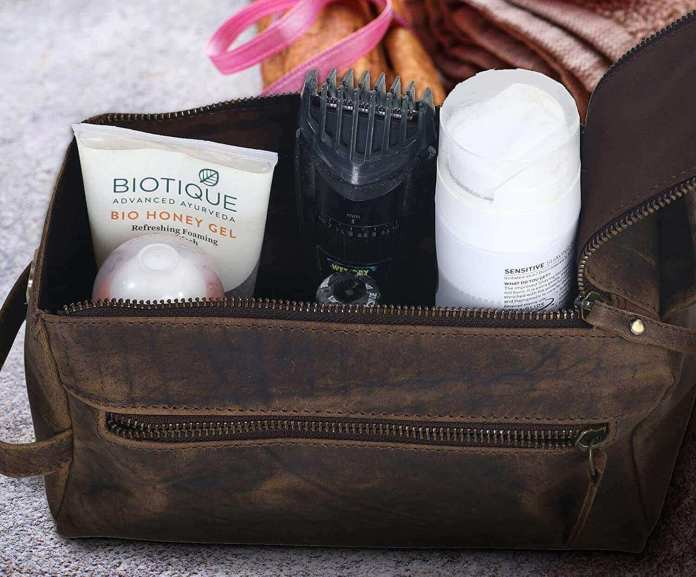 a leather dopp kit, 1-compartment toiletry bag
