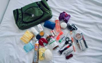 The Broad Life reviews toiletry bag