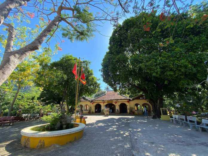 Phi Yen Temple, one of the sacred Vietnam temples on Con Dao Island