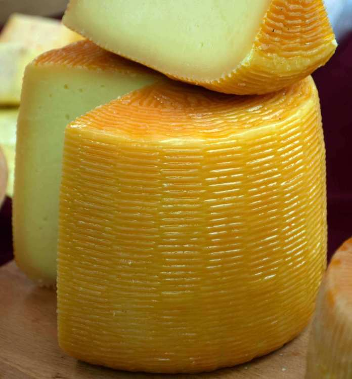 Vieux Boulogne, a smelly cheese in France