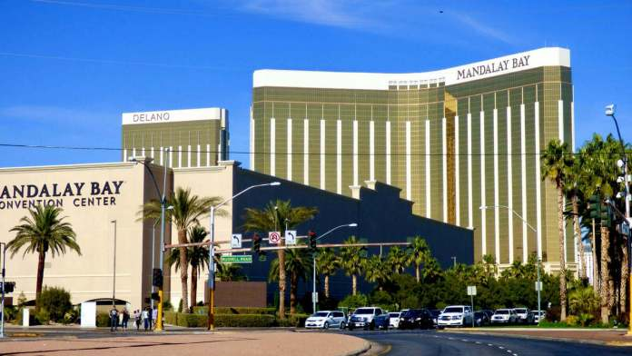 the complex of Mandalay Bay is one of the biggest hotels in the world