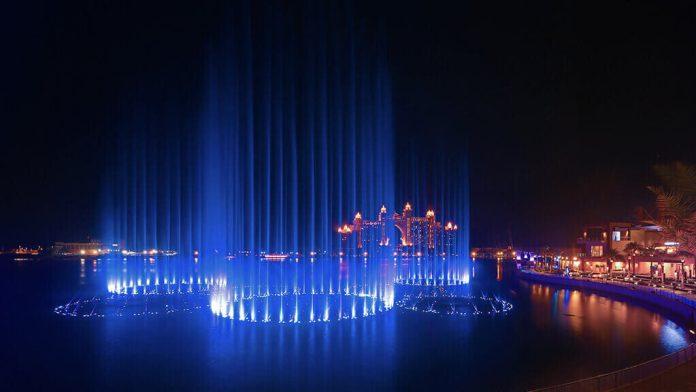 Palm Fountain Show on Palm Jumeirah Dubai