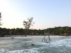 naturebeach-swing-kohrong-thebroadlife-travel-cambodia