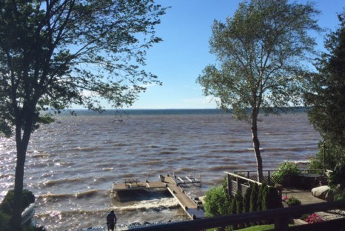Municipal leaders surrounding Lake Simcoe urging cottagers to stay at home