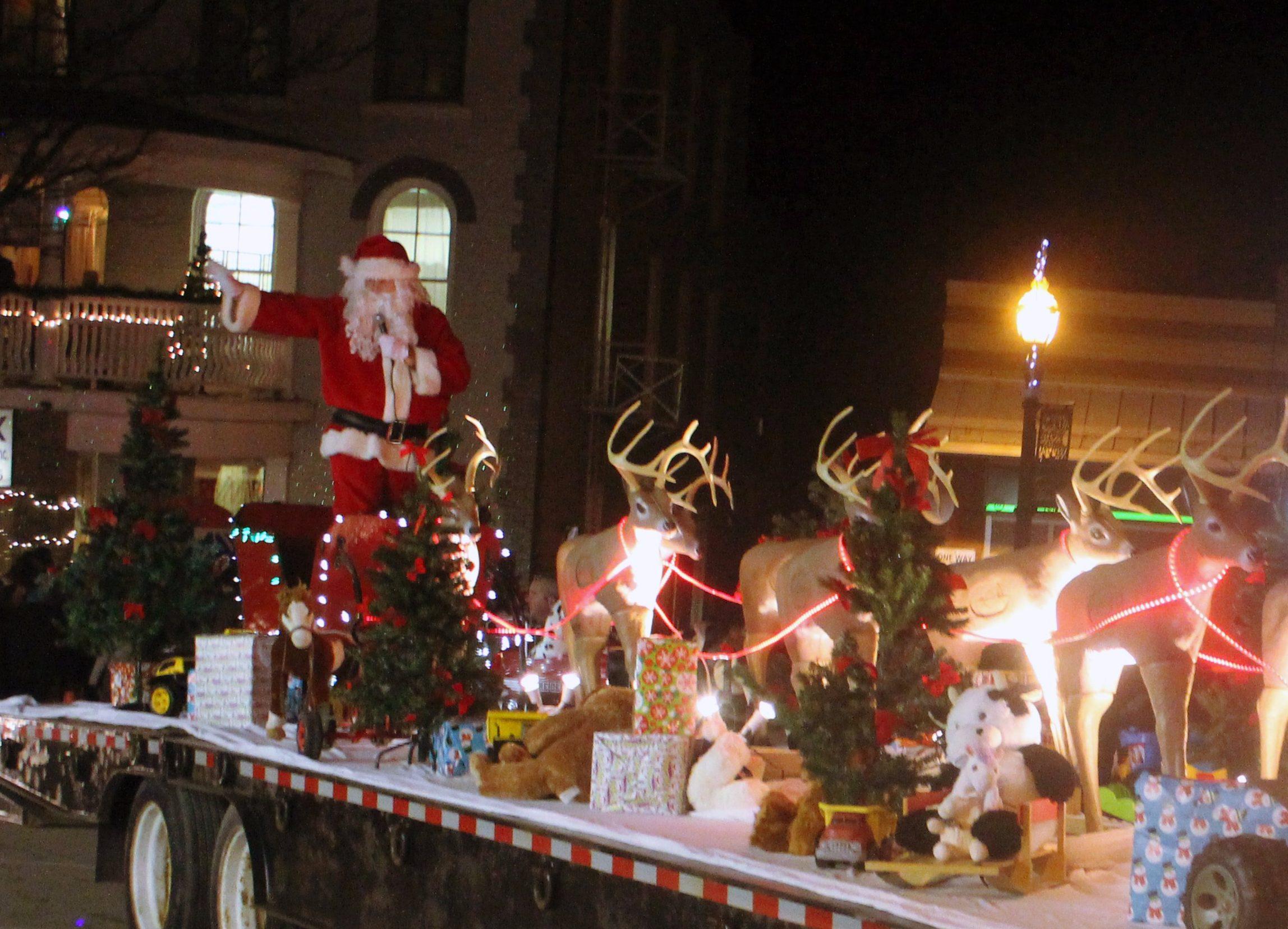Santa strolls through Beaverton for first of three Brock parades