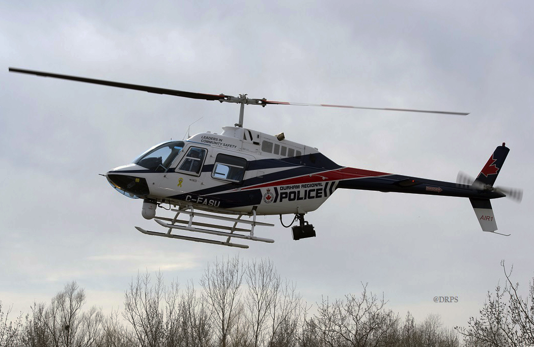 Police helicopter films chase in Pickering