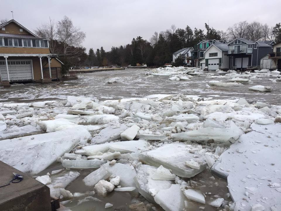 Ice jams start to roll into the Beaverton Harbour