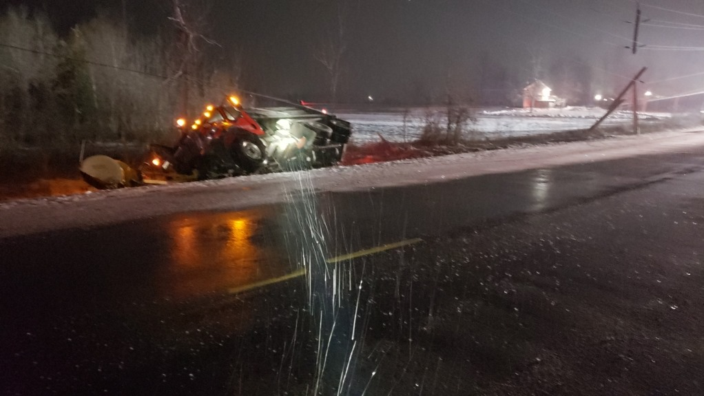 Scugog man charged with impaired driving after snow plow ends up in ditch in Georgina