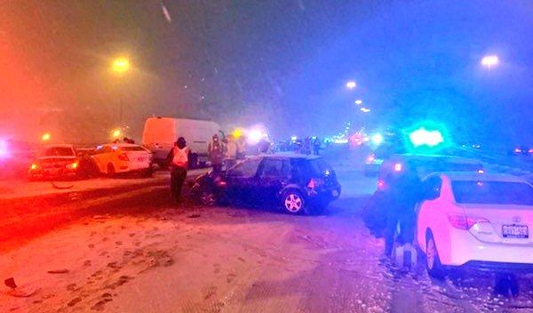 Twenty-vehicle pile-up closes section of Highway 401