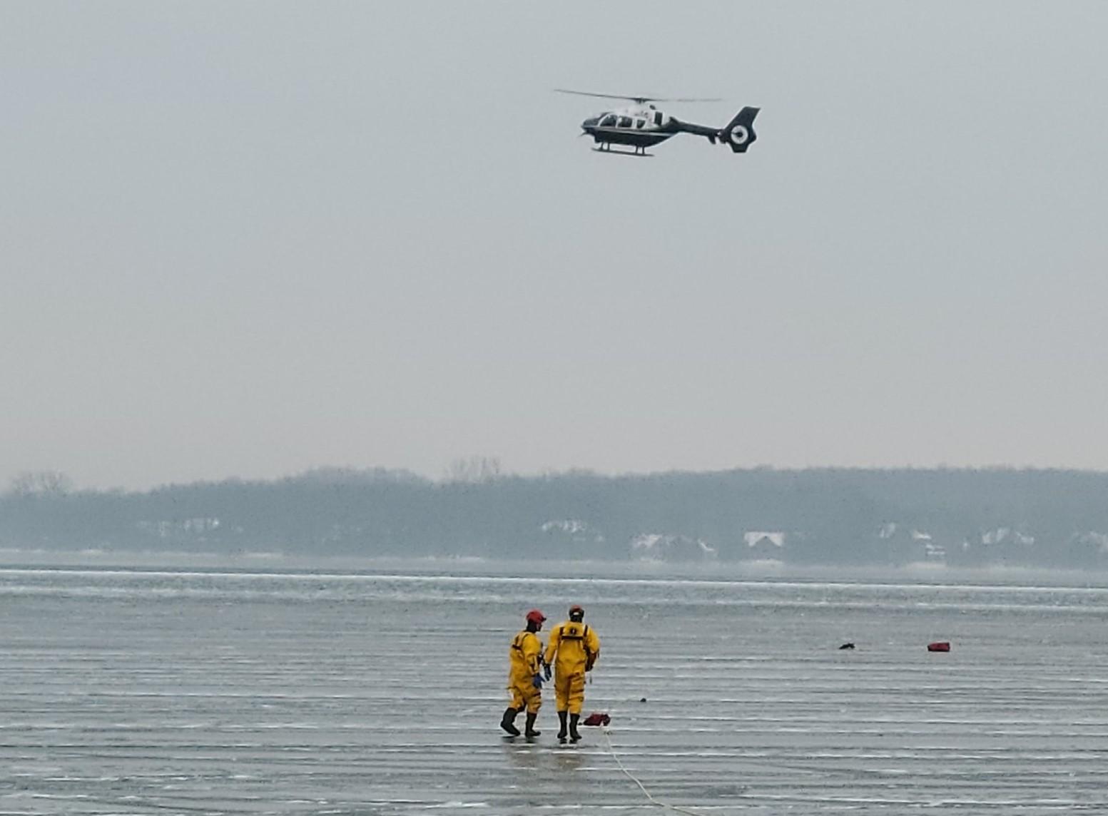 Emergency crews searching Lake Simcoe