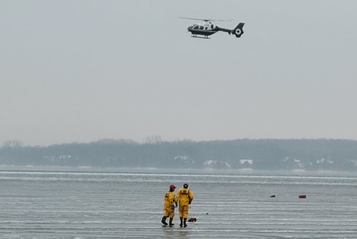 Emergency crews searching Lake Simcoe