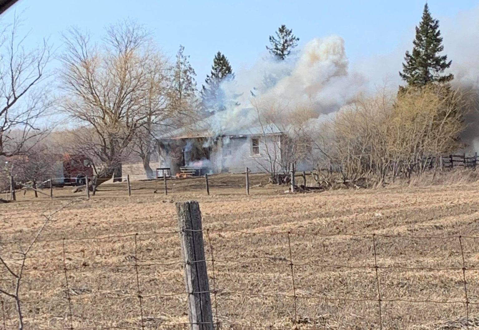 Emergency crews responding to house fire near Beaverton