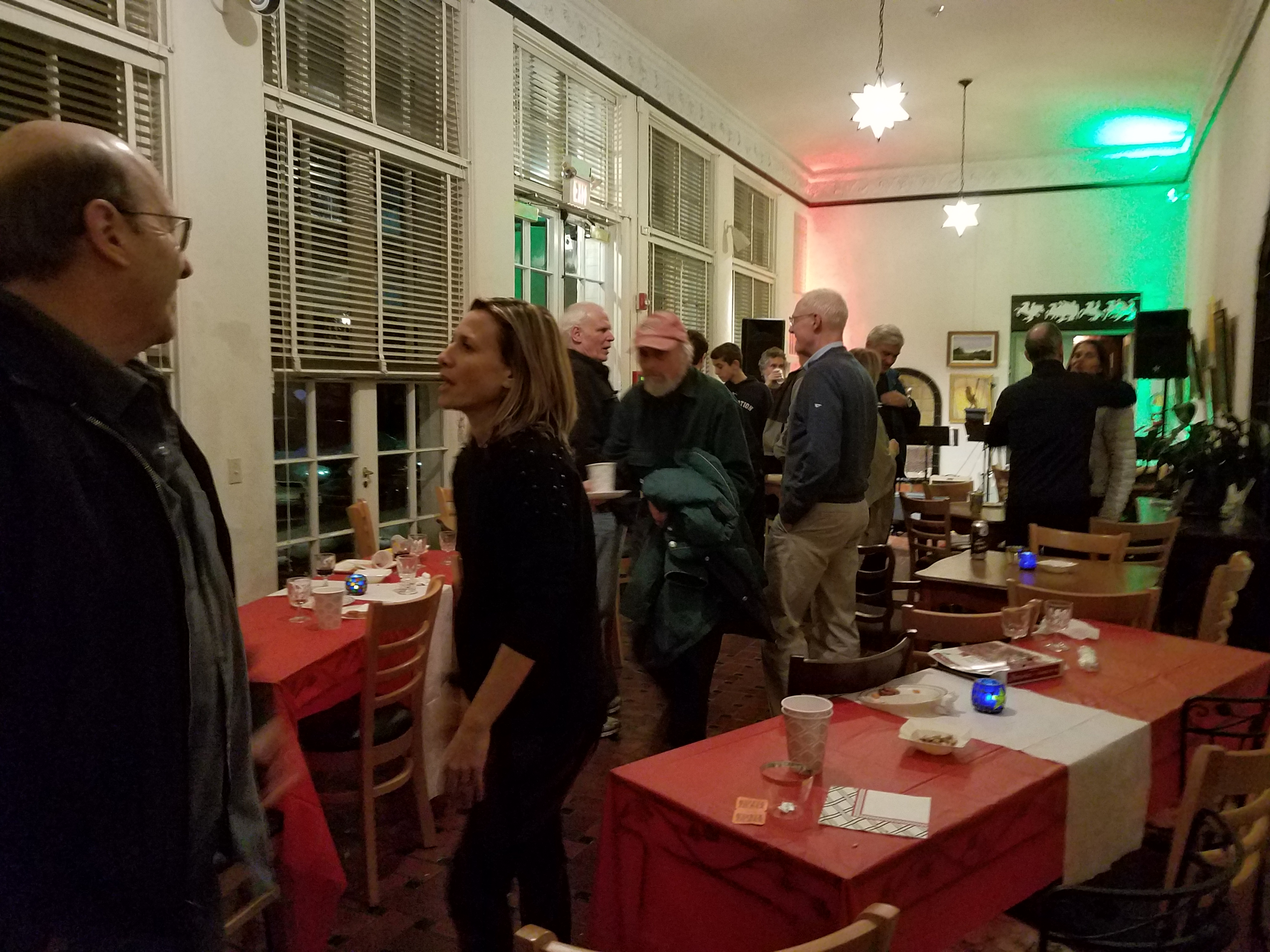 CoffeehousE DECEMBER EVENT 2018 2