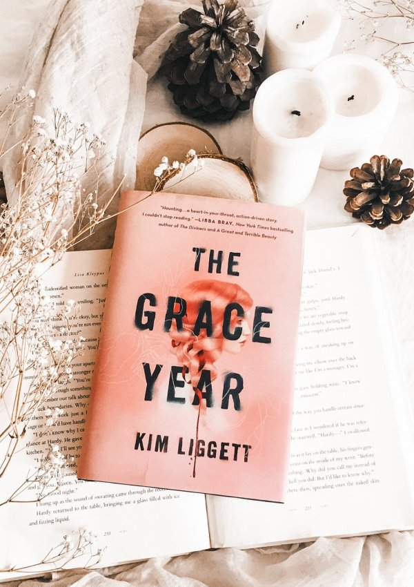The Grace Year by Kim Liggett / I needed a hug afterwards