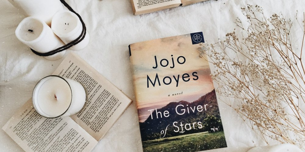 Jojo Moyes by The Giver of Stars