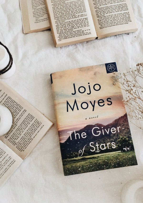AUDIOBOOK REVIEW: The Giver of Stars by Jojo Moyes / just AMAZING!!!