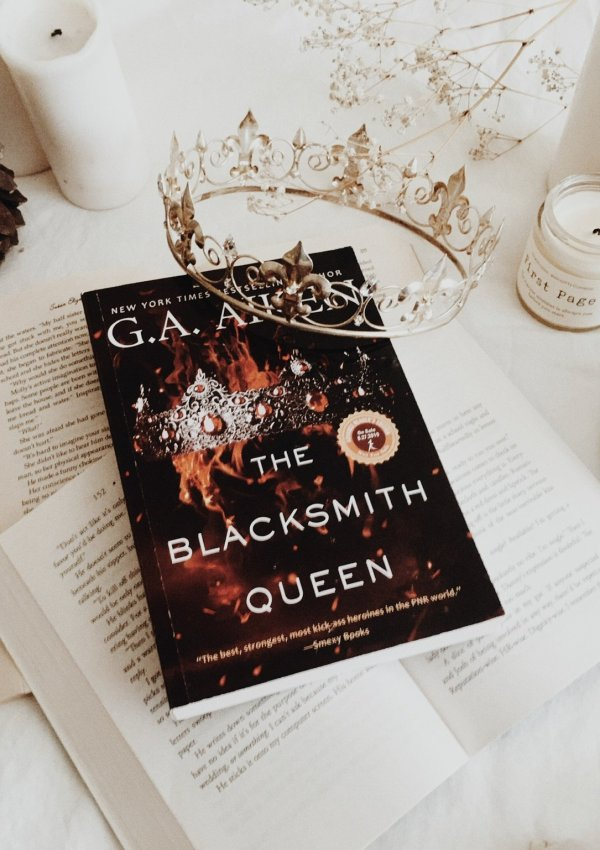 The Blacksmith Queen by GA Aiken | BOOK REVIEW | A fabulously rambunctious fantasy novel